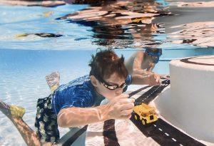 Waytoplay underwater